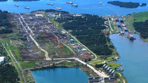 """扩建后的巴拿马运河将能够通行""""新巴拿马型""""船"""