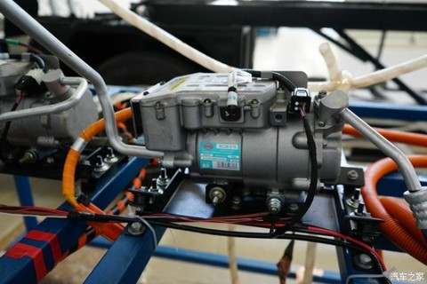 如果说,自行研发动力电池和电机不算什么,那么比亚迪自己研发的bc
