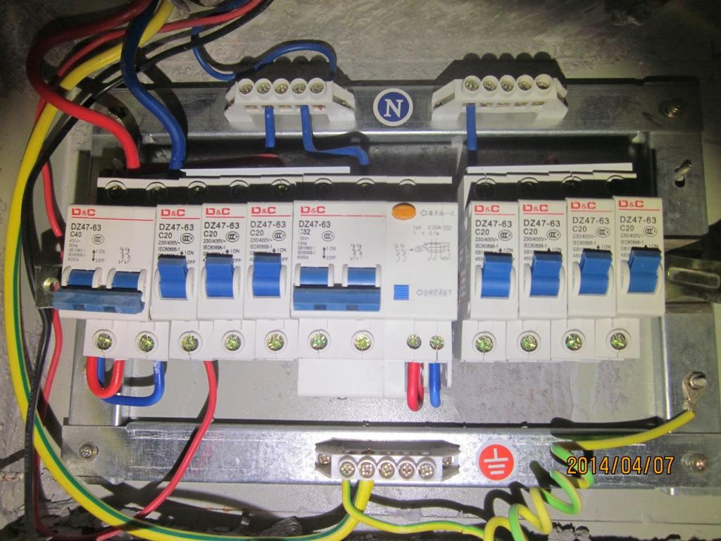配电箱abc相指示灯接线图
