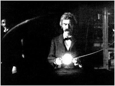 马克吐温在特斯拉实验室玩电,后面的人是特斯拉 编外1:马克吐温和