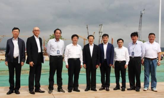 国家集成电路产业投资基金公司总经理丁文武,紫光集团执行董事兼联席