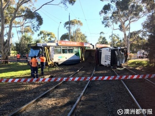 澳洲都市报 突发 墨尔本今晨25吨重型卡车撞向电车多人受伤澳洲都市报