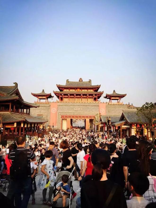 三城引爆!华谊兄弟电影世界电影小镇成热门旅游目的地