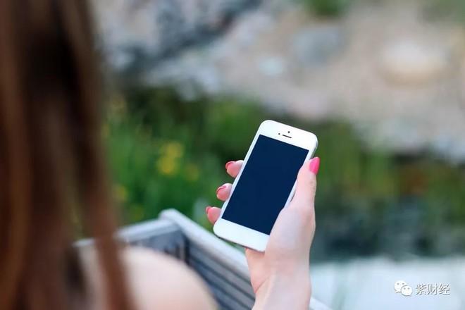领先华为、小米,发布国内首款5G手机,昔日贵族能否咸鱼翻身?